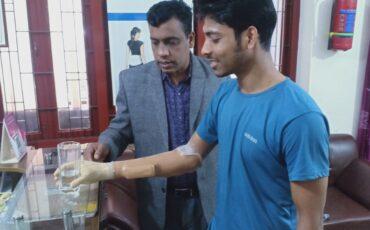 Below Elbow Myo-Electric functional Hand